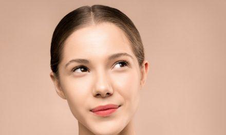 Mempertajam Makeup Bagian Mata