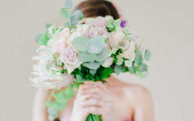 Tips Memilih Bunga Papan Pernikahan